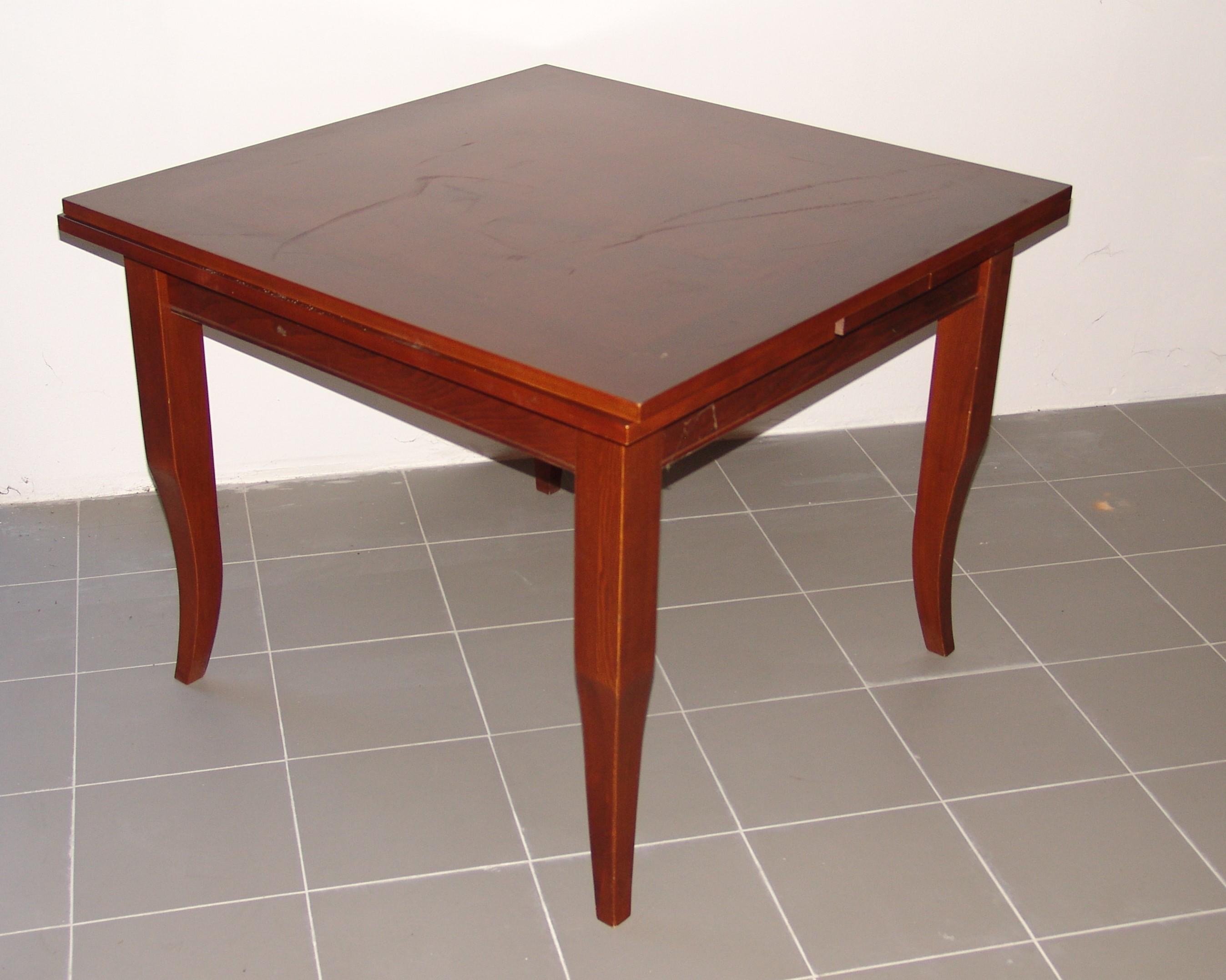Tavolo Quadrato Apribile A Libro.Tavolo Quadrato A Libro Mobili Lupparelli