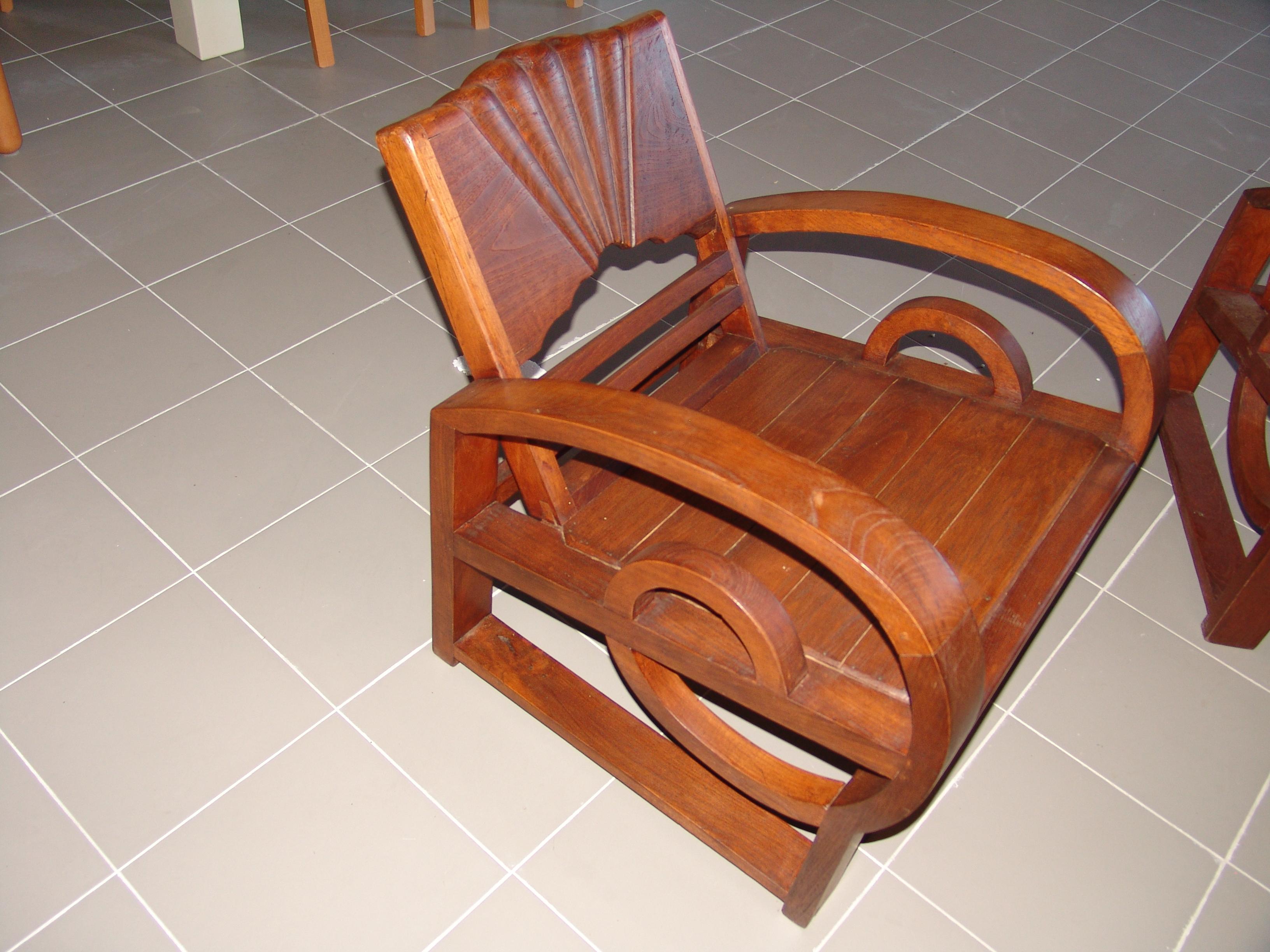 Salotto indonesiano mobili lupparelli for Arredamento indonesiano