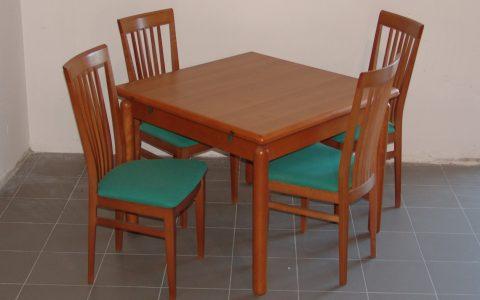 Tavolo Color Ciliegio Allungabile.Tavolo Quadrato Con 4 Sedie Mobili Lupparelli